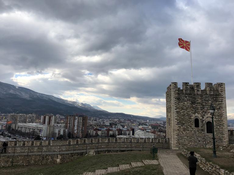 【スコピエ】北マケドニアの首都観光プラン!マザーテレサの出身地